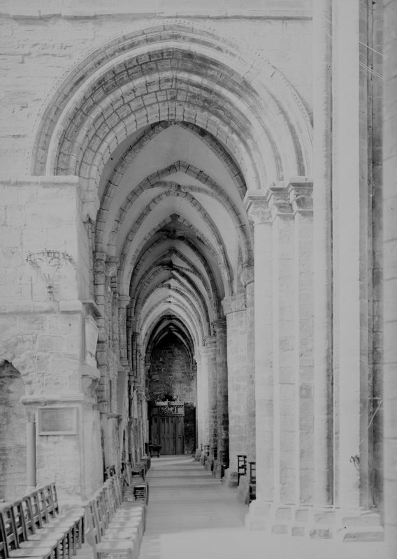 Nave, view of S aisle from S transept.