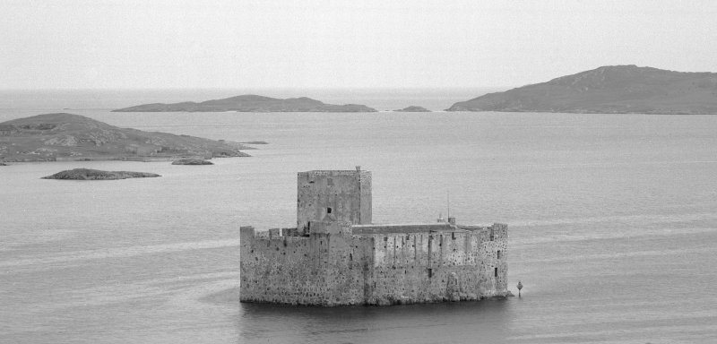 View of Kisimul Castle from N.