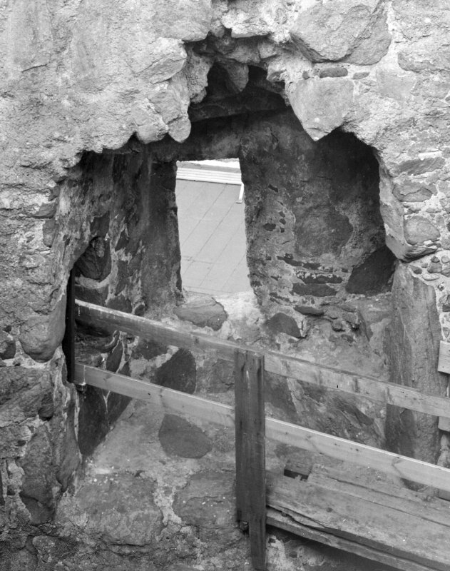 Interior. Second floor level of N wall, detail of embrasure.