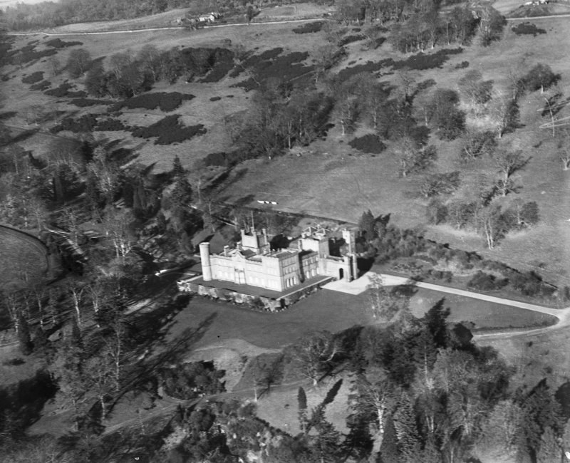 Kinfauns Castle, Kinfauns.  Oblique aerial photograph taken facing north.