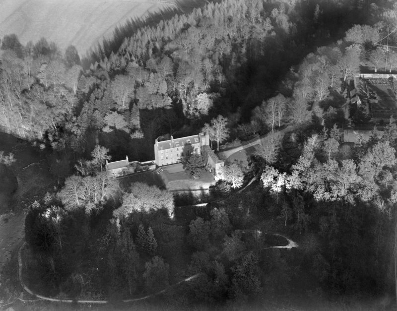 Airlie Castle, Airlie.  Oblique aerial photograph taken facing east.