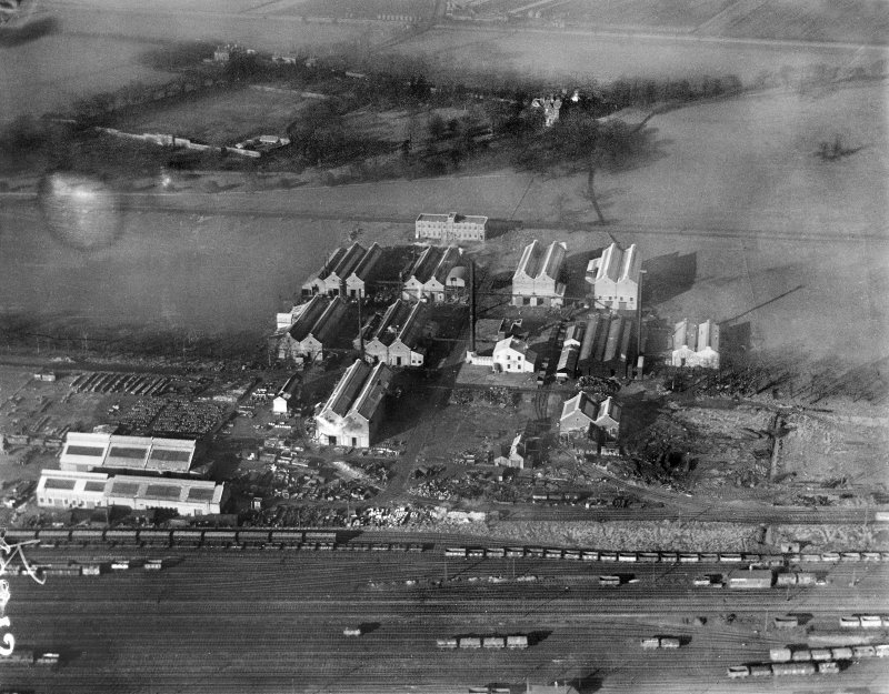 Scottish Dyes Ltd. Works, Grangemouth.  Oblique aerial photograph taken facing north-west.