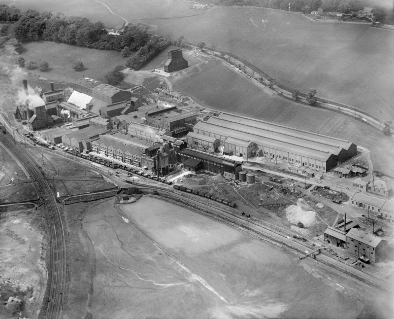 British Aluminium Co., Aberdour Road, Burntisland.  Oblique aerial photograph taken facing north-west.