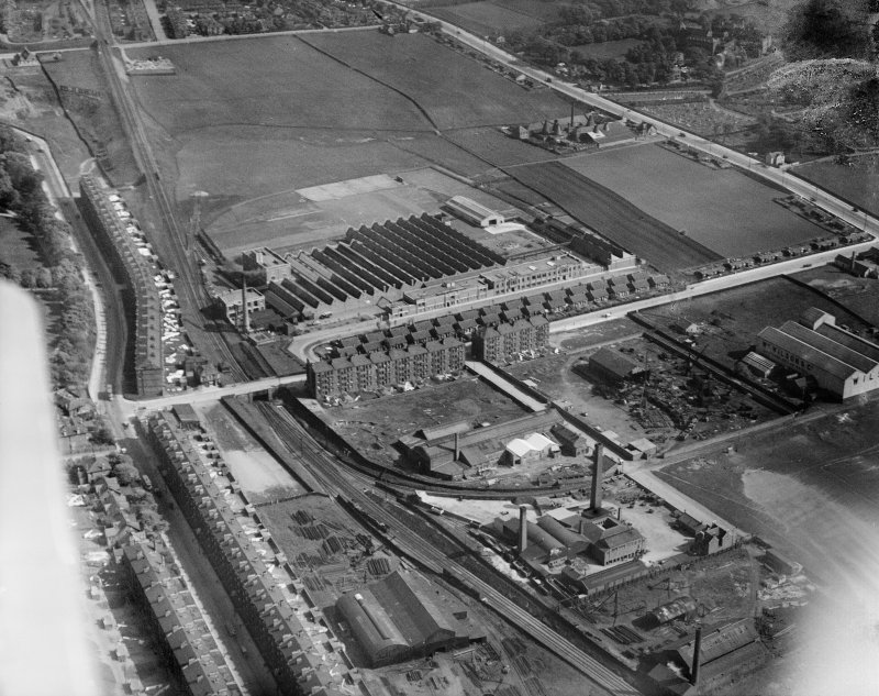 Macfarlane, Lang and Co. Biscuit Factory, Clydeford Drive and William Wilson and Co. Lilybank Boiler Works, Glasgow.  Oblique aerial photograph taken facing south.