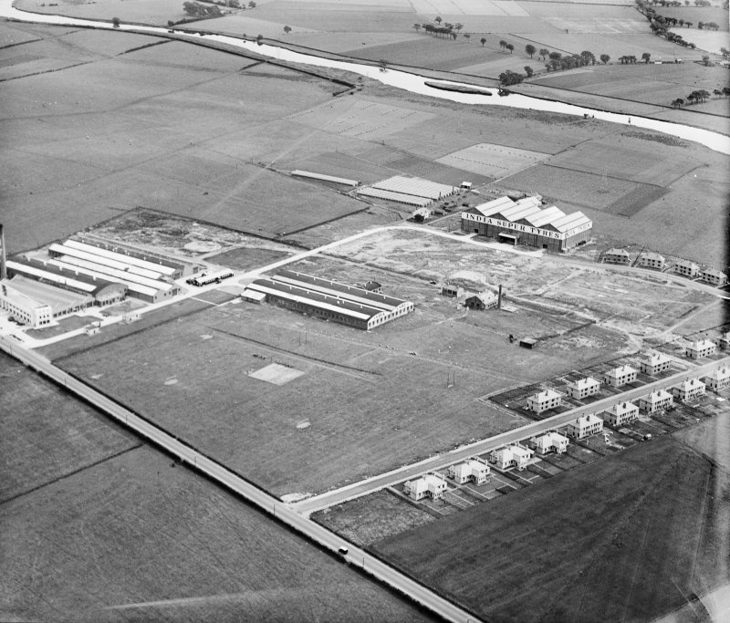 India Tyre and Rubber Co. Factory, Greenock Road, Inchinnan.  Oblique aerial photograph taken facing south-east.