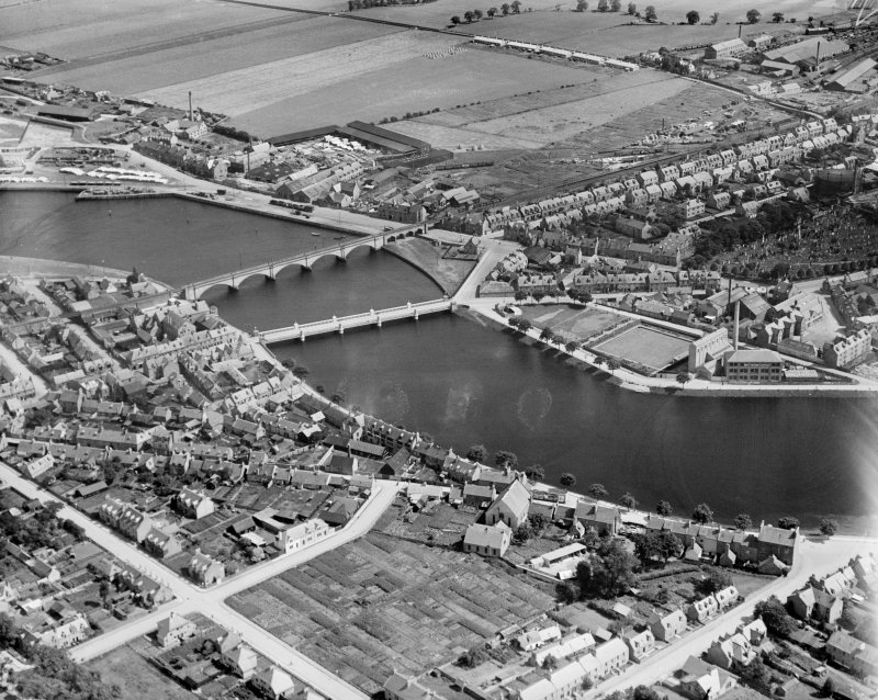 Inverness, general view, showing Waterloo Bridge and Ness Viaduct.  Oblique aerial photograph taken facing east.