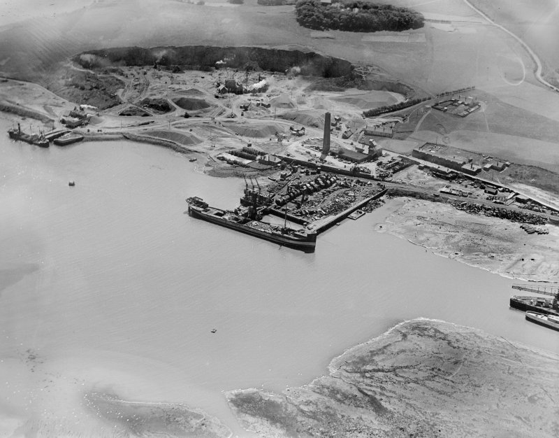 Tilbury Contracting and Dredging Co. Ltd. Quarry and Thomas Ward and Sons Shipbreaking Yard, Inverkeithing.  Oblique aerial photograph taken facing south.