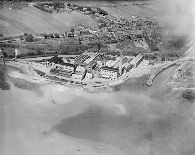 Caldwells Paper Mills, Inverkeithing.  Oblique aerial photograph taken facing north-west.