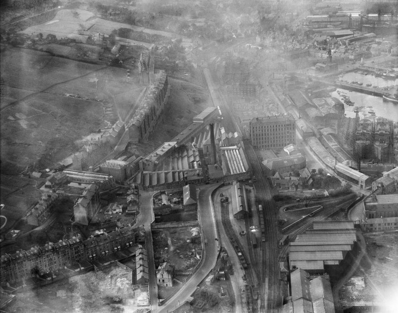 Port Glasgow, general view, showing Gourock Ropework Co. Ltd., Bay Street and Docks.  Oblique aerial photograph taken facing west.