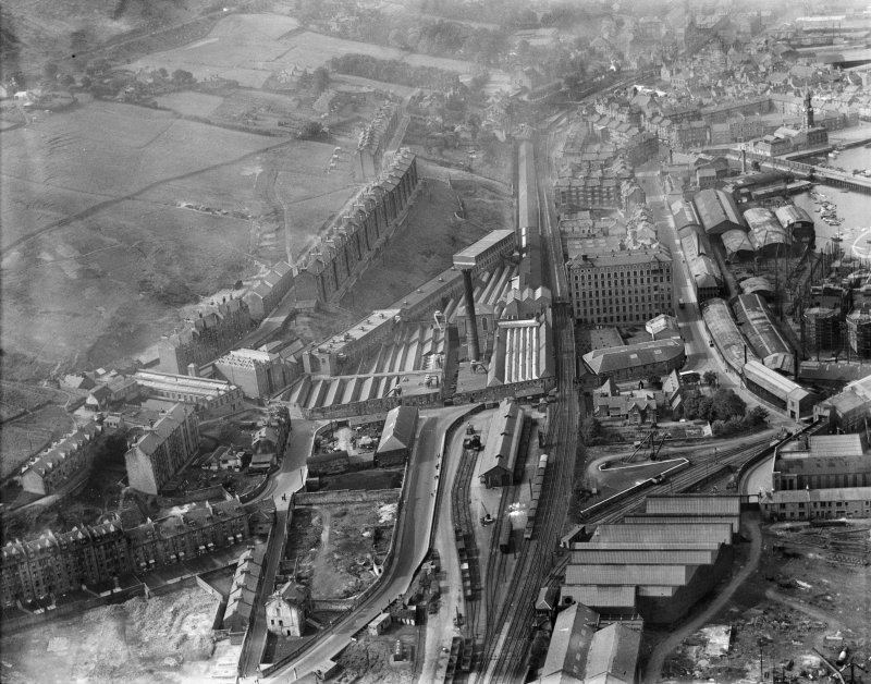 Port Glasgow, general view, showing Gourock Ropework Co. Ltd., Bay Street and Greenock Road.  Oblique aerial photograph taken facing west.