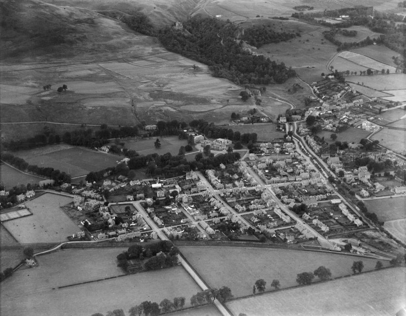 Dollar, general view, showing Dollar Academy and Devon Road.  Oblique aerial photograph taken facing north.