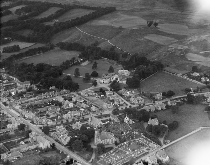 Dollar Academy and Parish Church of St Columba, Dollar.  Oblique aerial photograph taken facing north-west.
