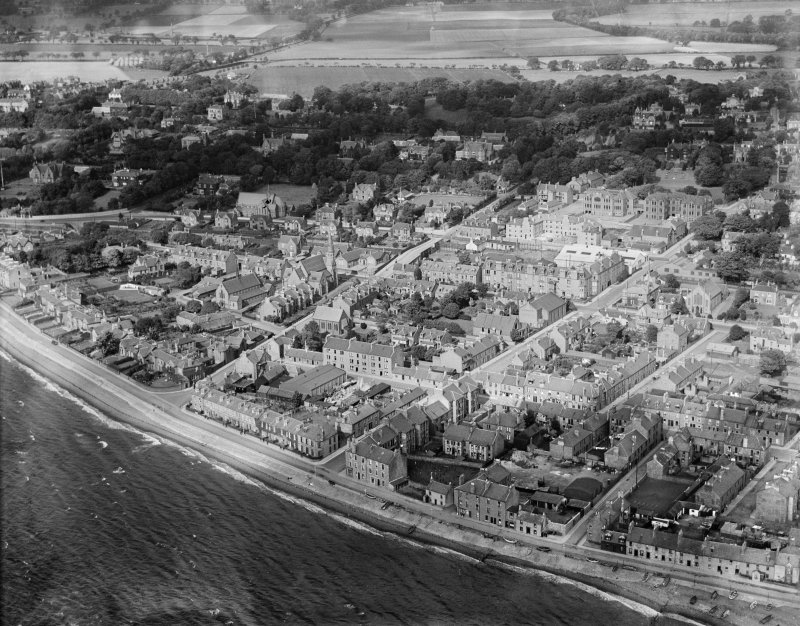 Broughty Ferry, general view, showing Grove Academy and St Stephen's Church.  Oblique aerial photograph taken facing north.