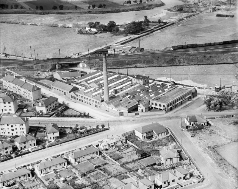 Richmond Park Laundry, Cambuslang Road, Glasgow.  Oblique aerial photograph taken facing north.