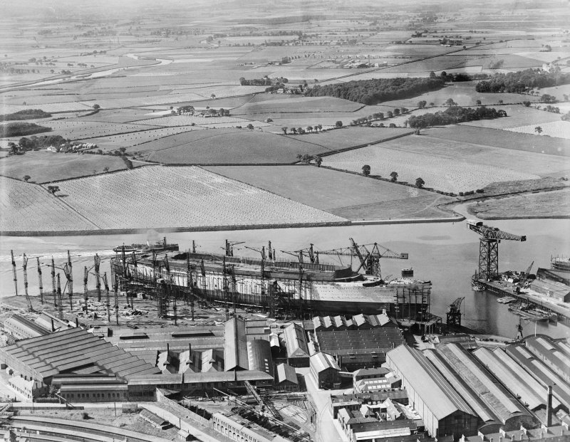 John Brown's Shipyard, Clydebank, Queen Mary under construction.  Oblique aerial photograph taken facing west.