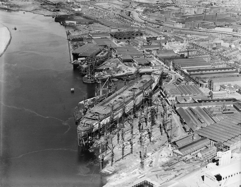 John Brown's Shipyard, Clydebank, Queen Mary under construction.  Oblique aerial photograph taken facing north.
