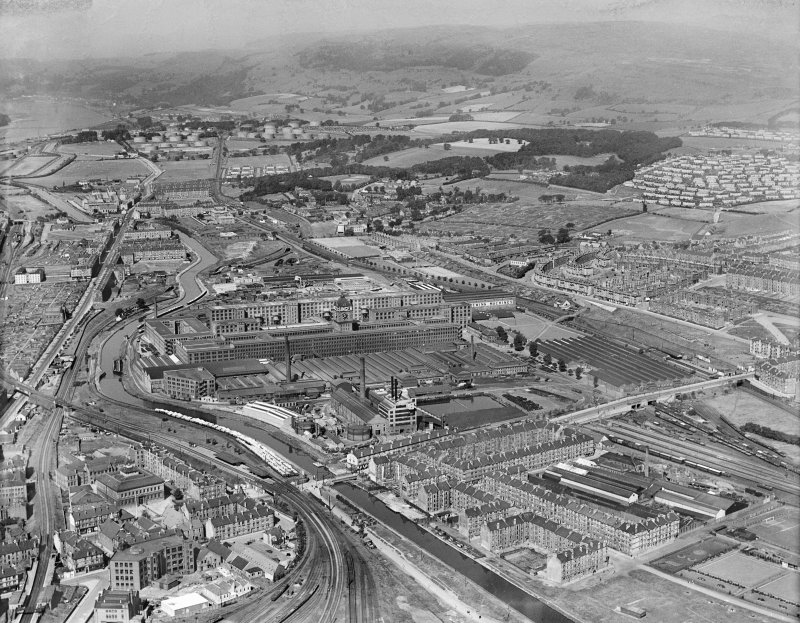 Singer Sewing Machine Factory, Kilbowie Street, Clydebank.  Oblique aerial photograph taken facing north-west.