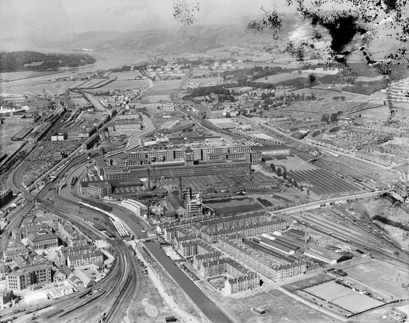 Singer Sewing Machine Factory, Kilbowie Street, Clydebank.  Oblique aerial photograph taken facing north-west.  This image has been produced from a damaged negative.
