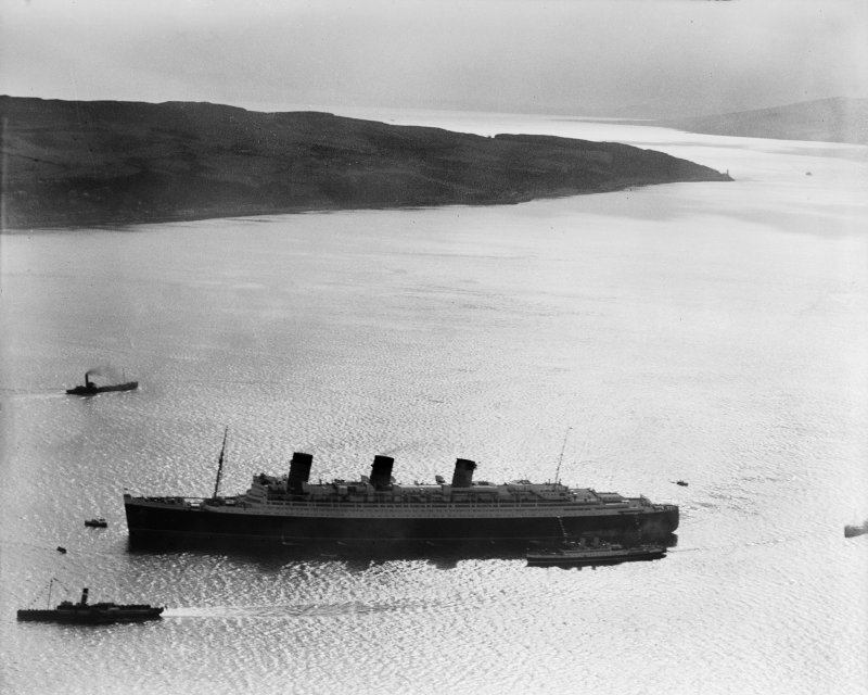 Queen Mary, Firth of Clyde, Cloch Point.  Oblique aerial photograph taken facing south-west.