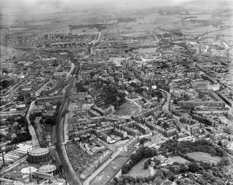 Paisley, general view, showing John Neilson Institution and Paisley Abbey.  Oblique aerial photograph taken facing east.