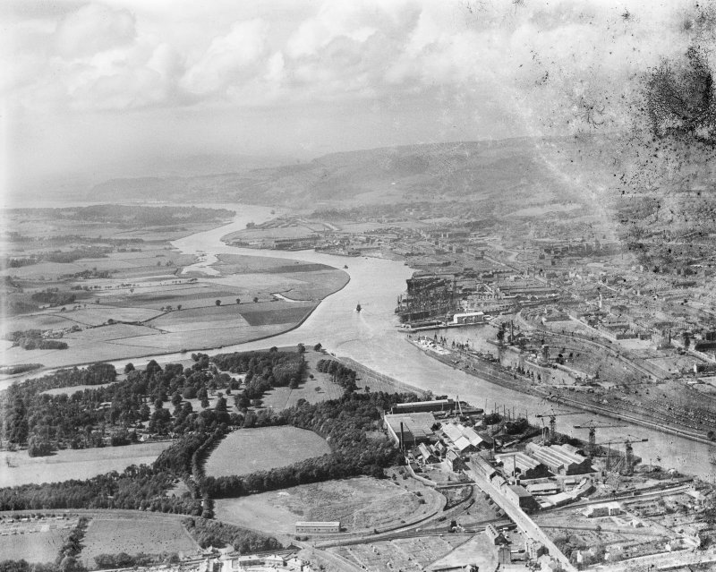 Glasgow, general view, showing Rothesay Dock and Newshot Island.  Oblique aerial photograph taken facing north.  This image has been produced from a damaged negative.