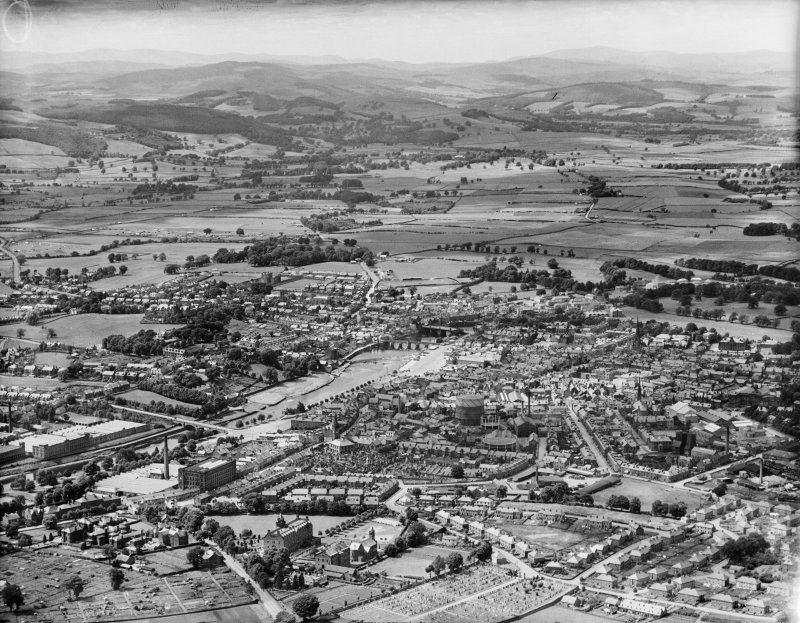 Dumfries, general view, showing River Nith and St Joseph's College.  Oblique aerial photograph taken facing west.