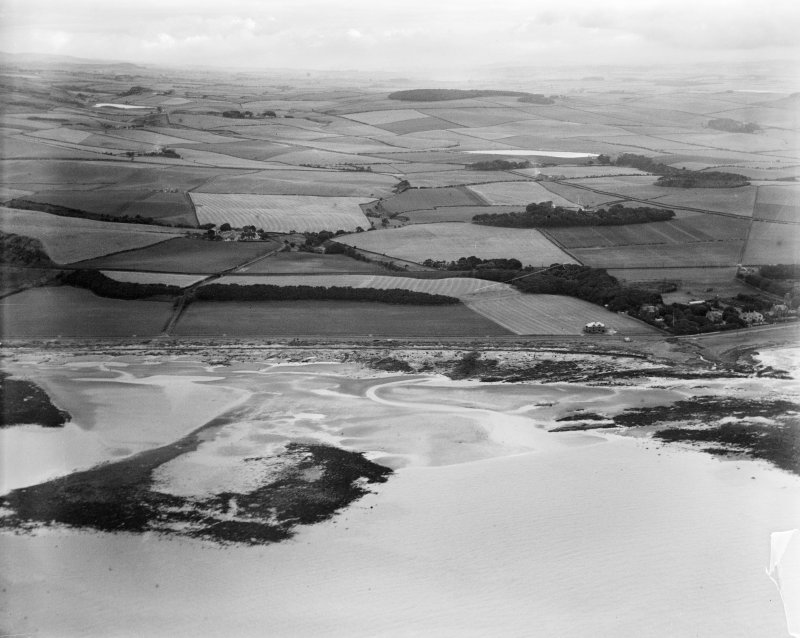 Ardrossan, general view, showing Eglinton Road and Montefode Farmhouse.  Oblique aerial photograph taken facing north-east.