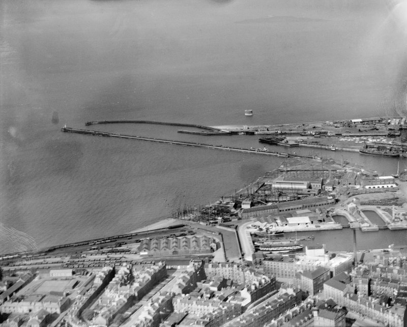Outer Harbour and West Pier, Leith Docks, Edinburgh.  Oblique aerial photograph taken facing north.