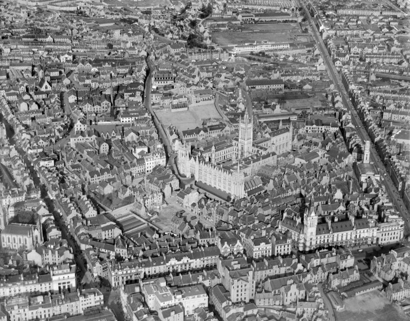 Aberdeen, general view, showing University of Aberdeen Marischal College and Union Street.  Oblique aerial photograph taken facing north.
