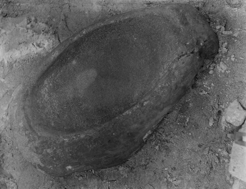 Excavation photograph: House 1, quern.