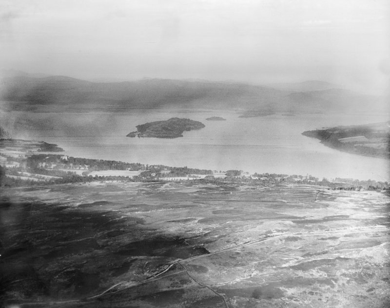 Loch Lomond, general view, showing Inchmurrin from Arden.  Oblique aerial photograph taken facing north.