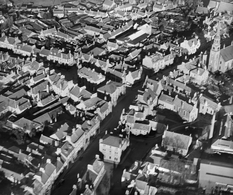 Forfar, general view, showing Town Hall and West High Street.  Oblique aerial photograph taken facing north.