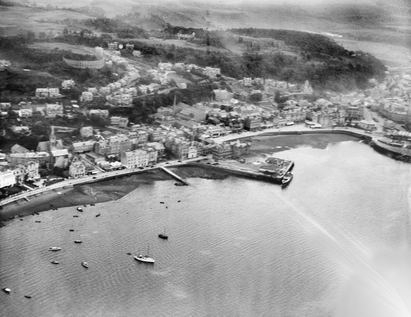 Oban, general view, showing Oban Bay and North Pier.  Oblique aerial photograph taken facing east.