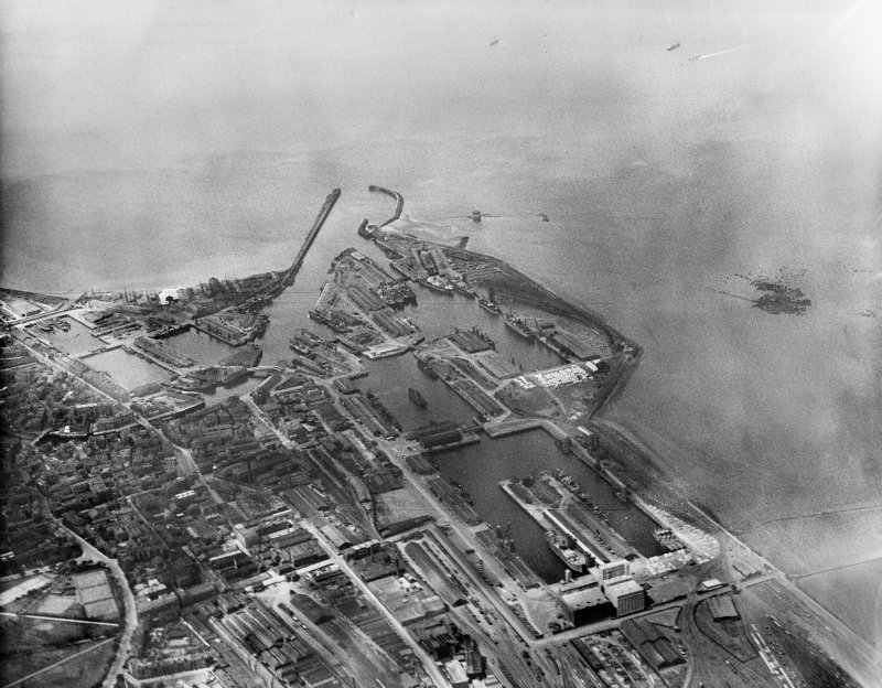 Leith Docks, Edinburgh.  Oblique aerial photograph taken facing north-west.