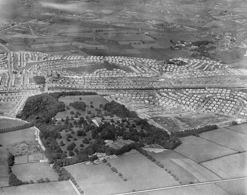 King's Park and Croftfoot Housing Estates and King's Park, Glasgow.  Oblique aerial photograph taken facing north.