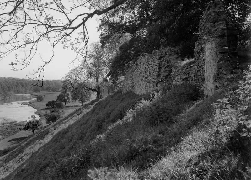 View of wall on E, overlooking River Teviot