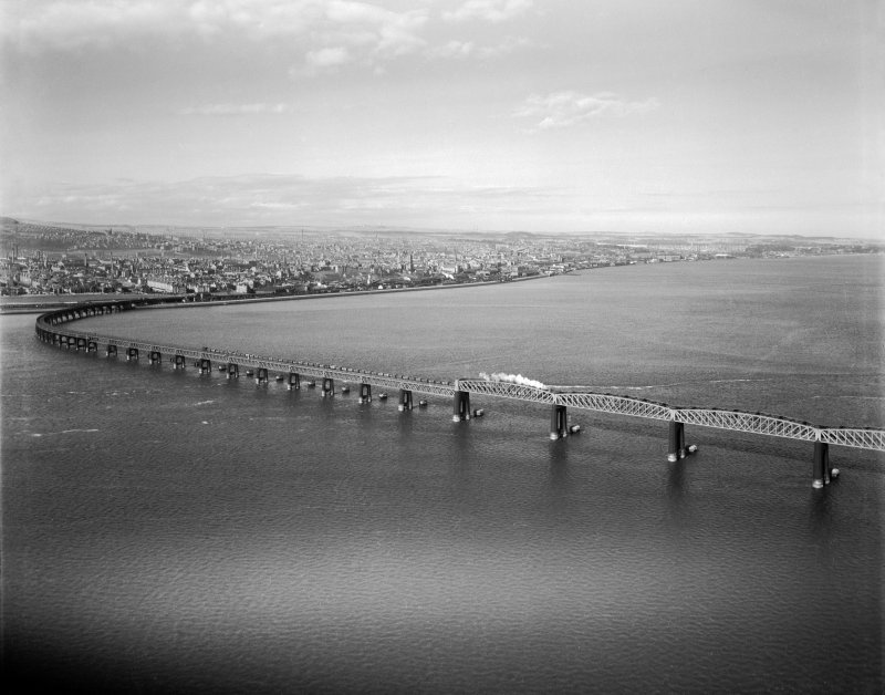 Tay Bridge, Dundee.  Oblique aerial photograph taken facing north-east.
