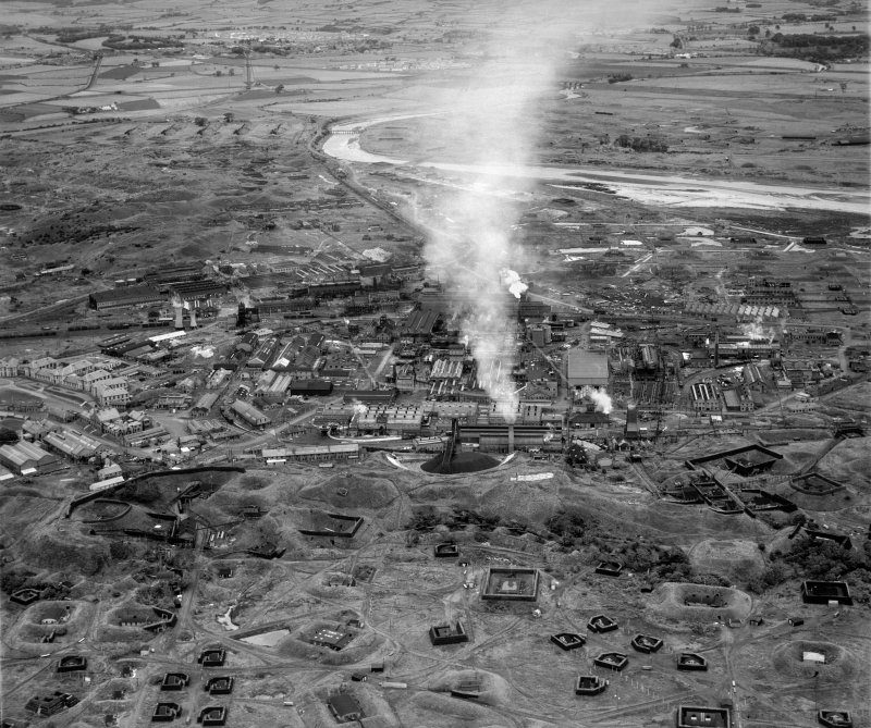 Imperial Chemical Industries (ICI) Works, Ardeer.  Oblique aerial photograph taken facing north-east.