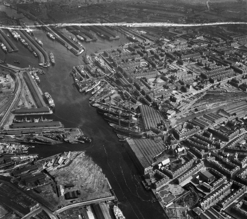 Harland and Wolff Shipbuilding Yard, Clydebrae Street, Govan, Glasgow.  Oblique aerial photograph taken facing south-east.  This image has been produced from a crop marked negative.