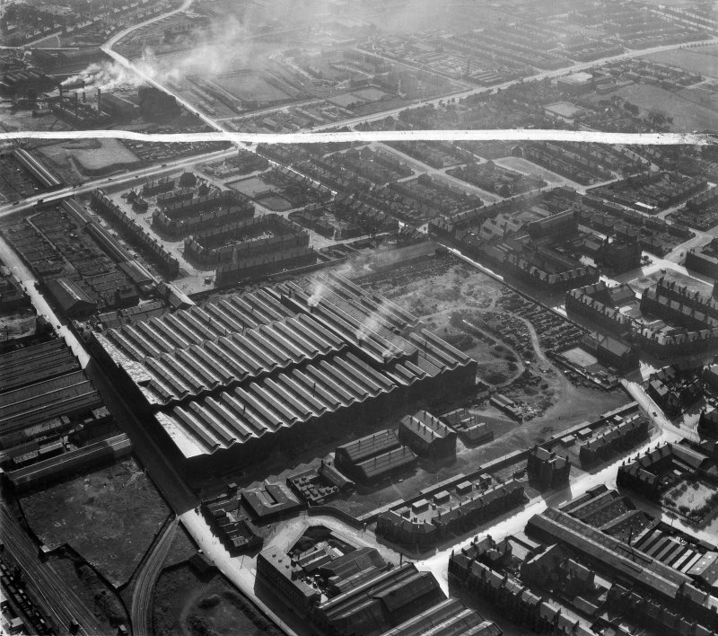 Harland and Wolff Clyde Foundry, 184 Helen Street, Govan, Glasgow.  Oblique aerial photograph taken facing west.  This image has been produced from a crop marked negative.