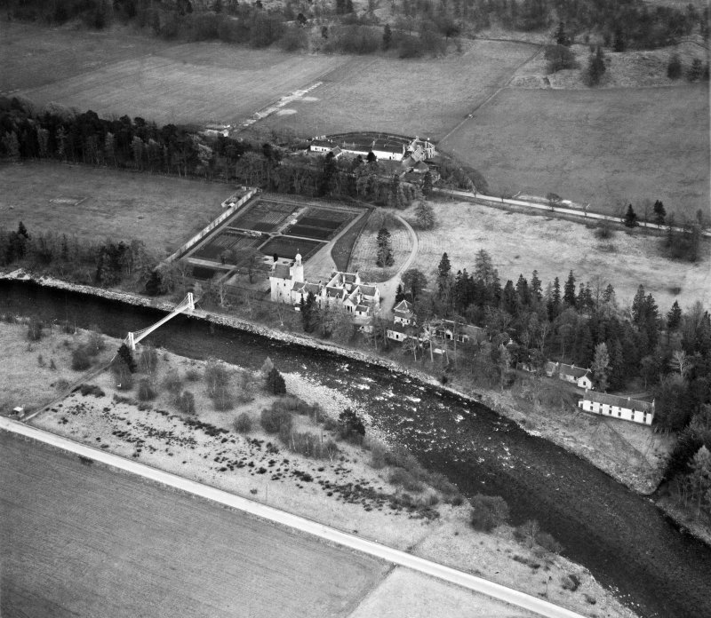 Abergeldie Castle, Balmoral Estate.  Oblique aerial photograph taken facing south-east.