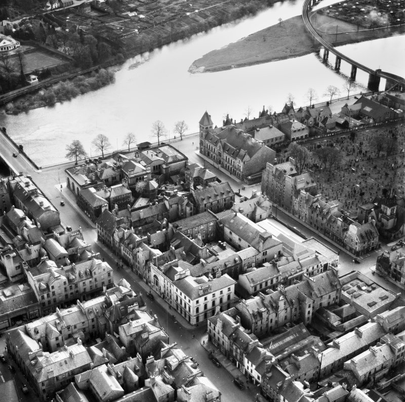 Perth, general view, showing Salutation Hotel, South Street and West Railway Bridge.  Oblique aerial photograph taken facing south-east.