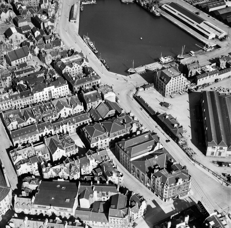 Aberdeen, general view, showing Waverley Hotel, Guild Street and Upper Dock.  Oblique aerial photograph taken facing east.