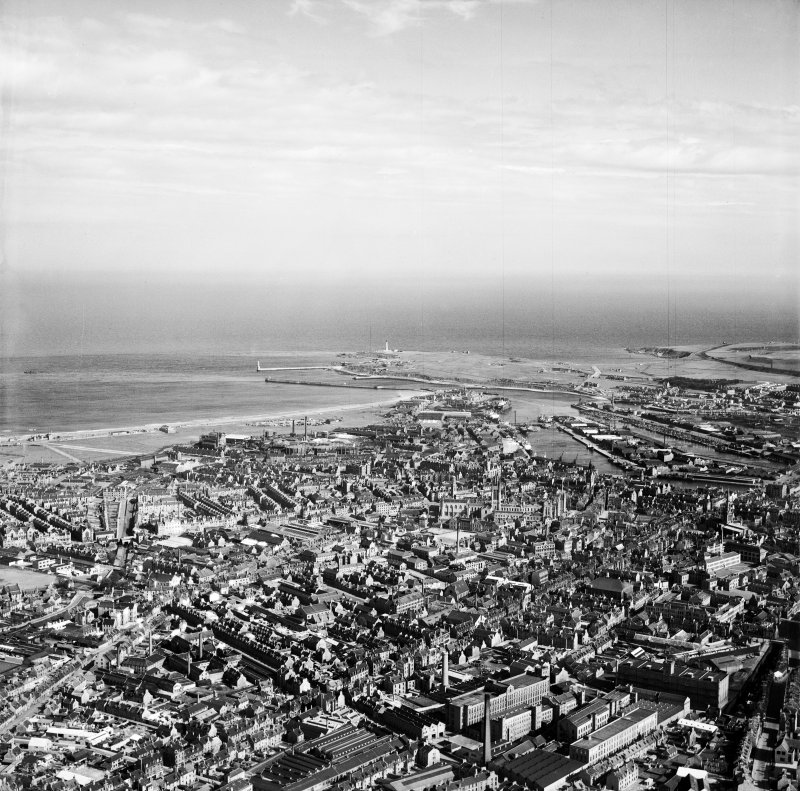 Aberdeen, general view, showing Hutcheon Street and Aberdeen Harbour.  Oblique aerial photograph taken facing south-east.