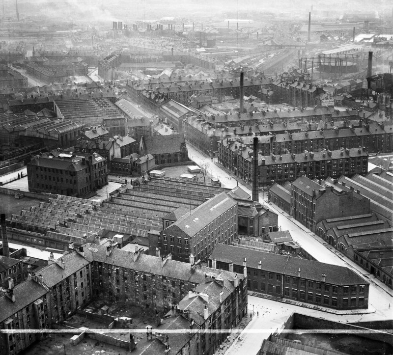 David and John Anderson Ltd. Atlantic Mills, Walkinshaw Street, Glasgow.  Oblique aerial photograph taken facing south.  This image has been produced from a crop marked negative.