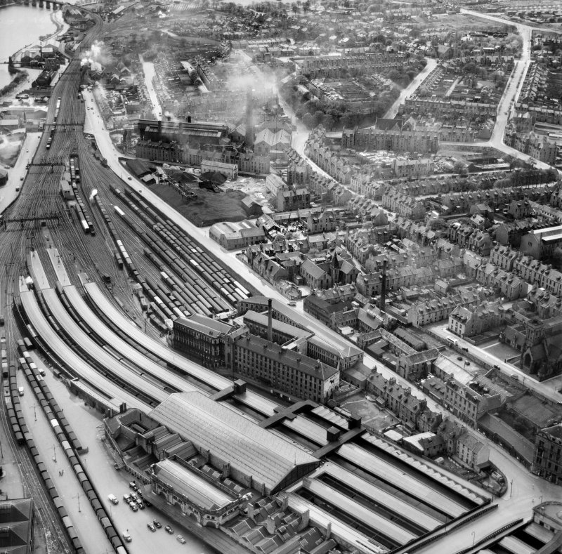 Aberdeen, general view, showing Wiggins Teape Ltd. Pirie Appleton and Co. Paper Mills, College Street and Crown Street.  Oblique aerial photograph taken facing south.