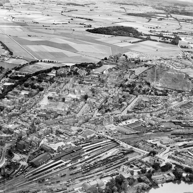 Stirling, general view, showing Stirling Castle and Stirling Station.  Oblique aerial photograph taken facing west.