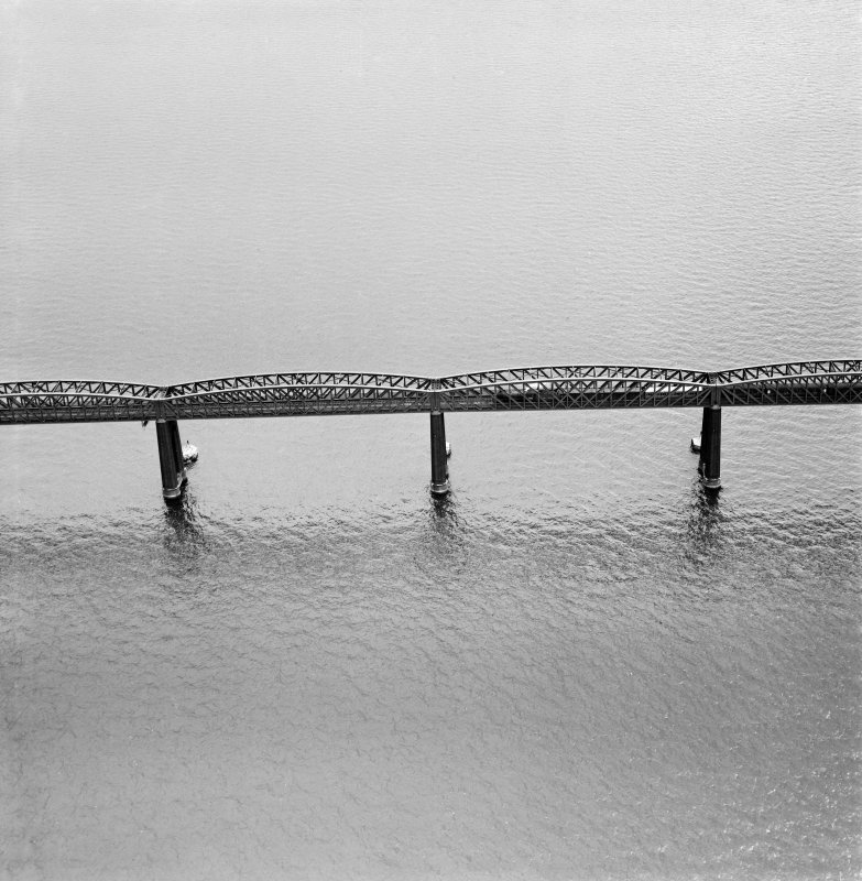 Tay Bridge, Dundee.  Oblique aerial photograph taken facing west.