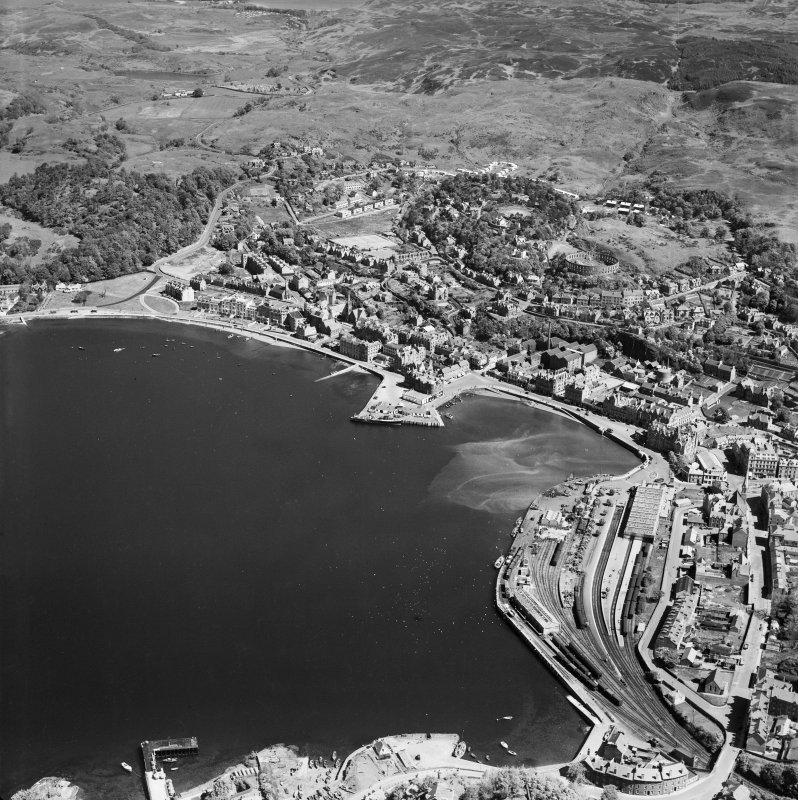Oban, general view, showing Oban Bay and McCaig's Tower.  Oblique aerial photograph taken facing north-east.
