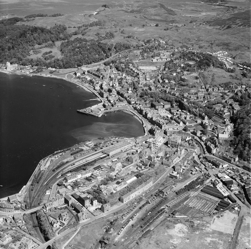 Oban, general view, showing Oban Bay and McCaig's Tower.  Oblique aerial photograph taken facing north.
